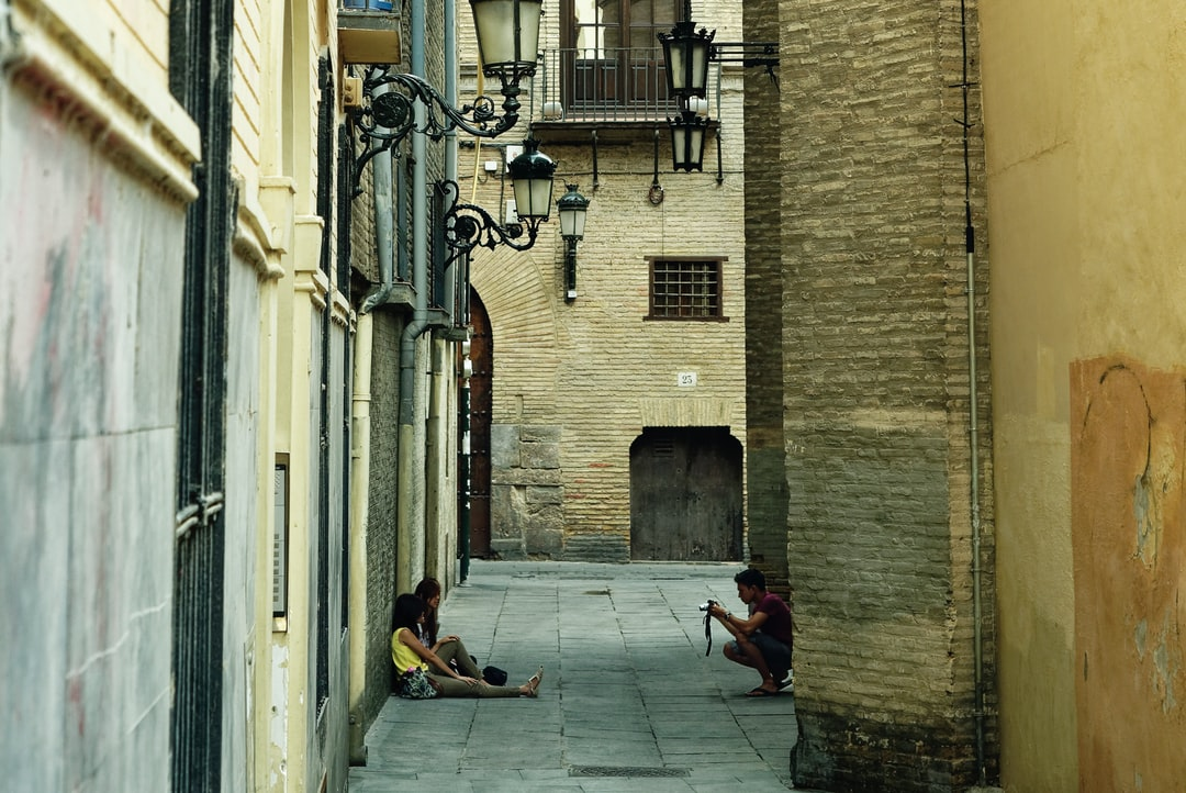 Taking photos on a summer afternoon in the historic center of Zaragoza.