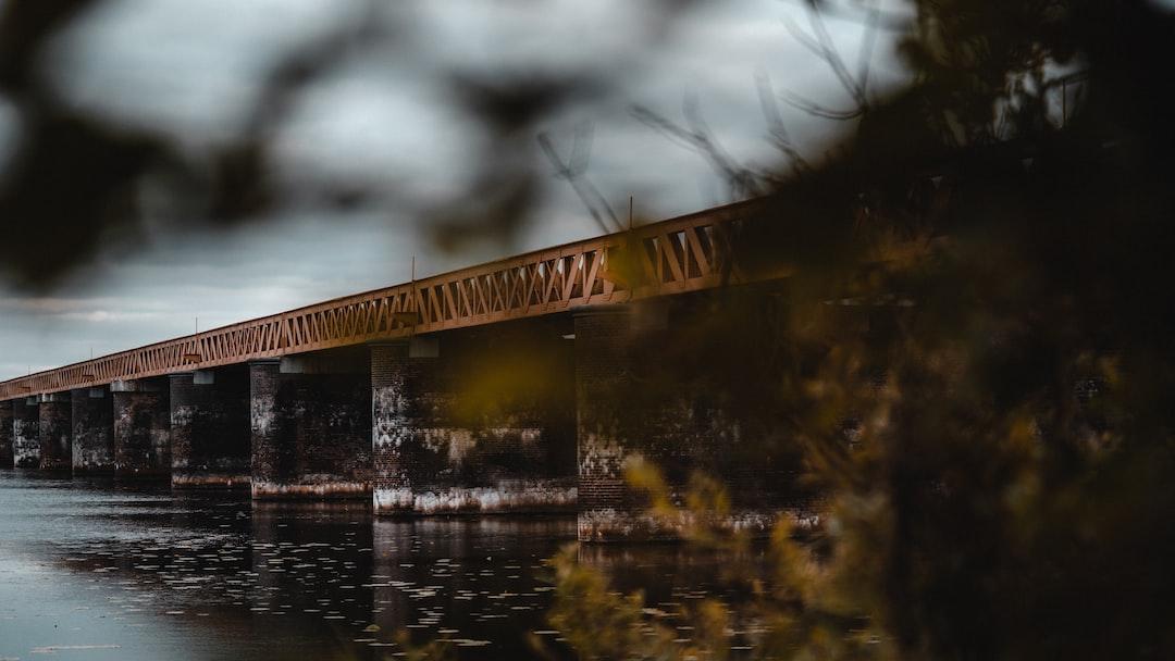 Picture of the abandoned bridge of Moerputten