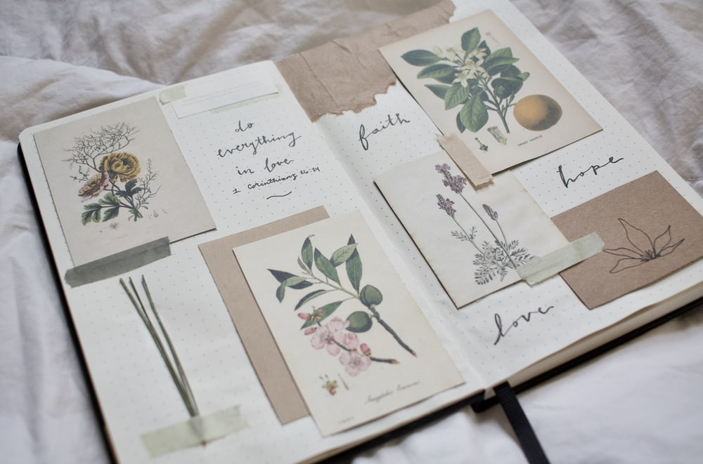 white and green floral greeting cards