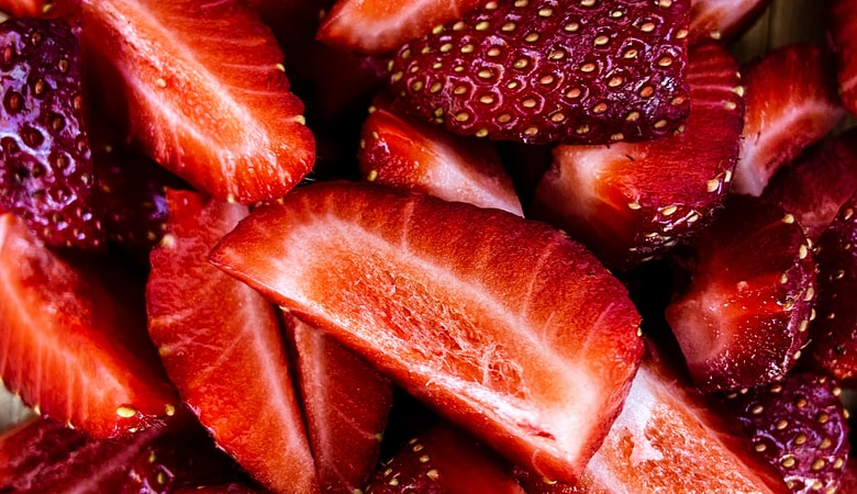 close up photo of sliced strawberries