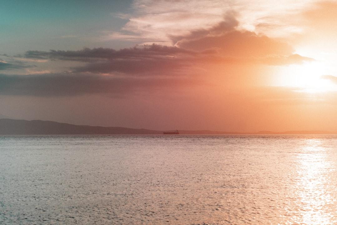 MAGICAL SUNSET   desktop size