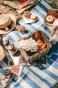 Picnic picnic stories