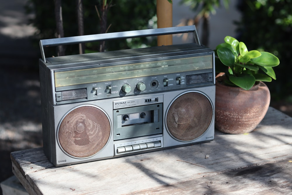 brown and black cassette radio