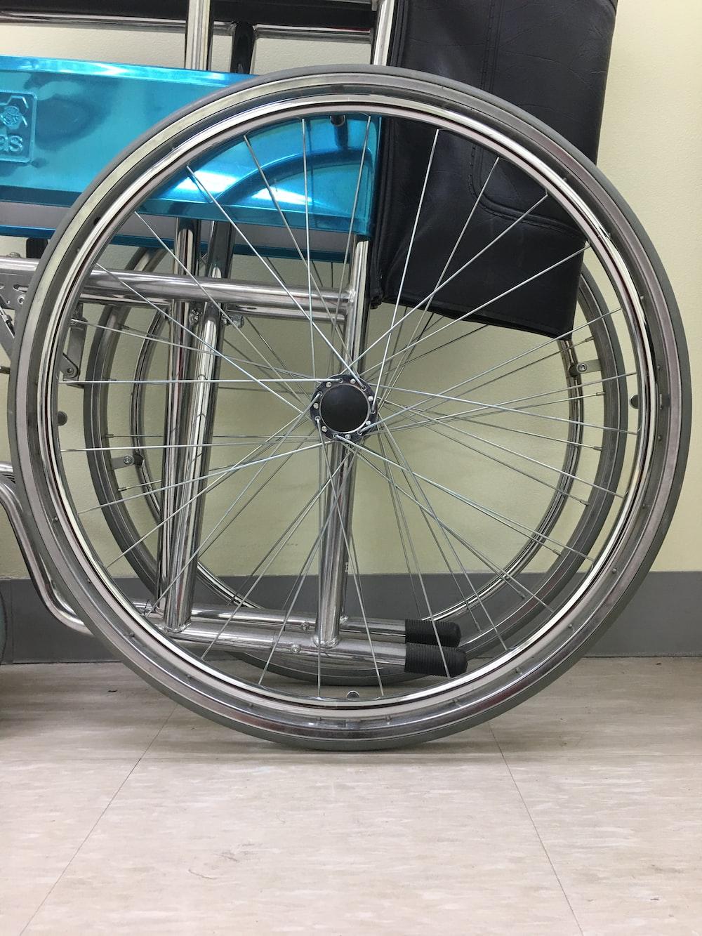 chrome multi spoke wheel with tire