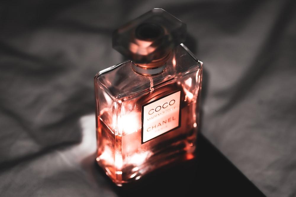 no 5 chanel perfume bottle