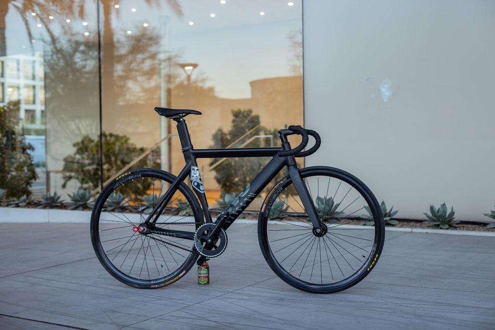 black and gray mountain bike
