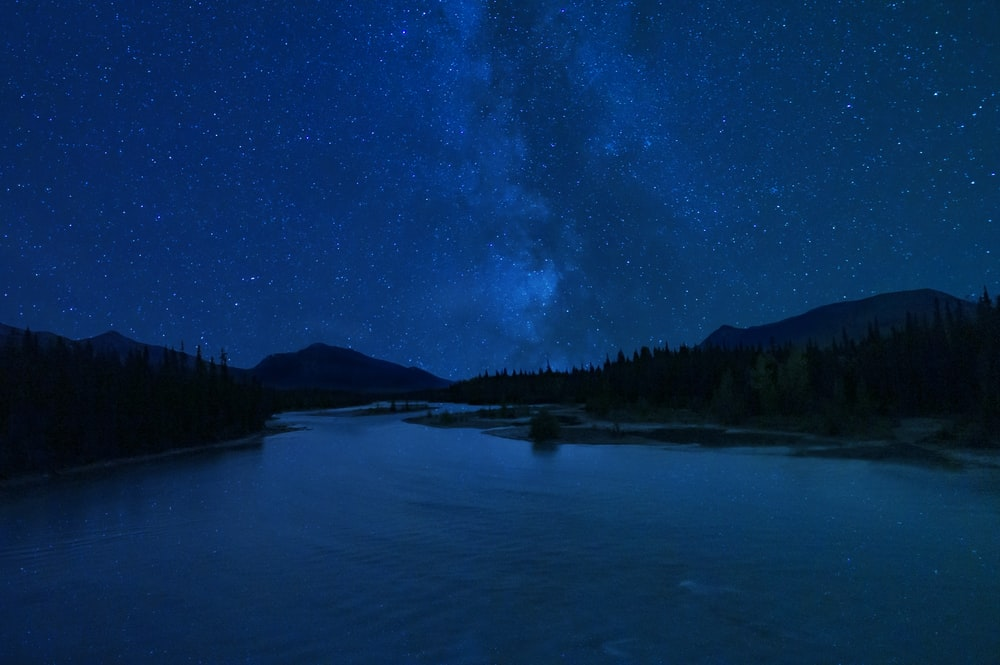 500 Dark Blue Sky Pictures Download Free Images On Unsplash