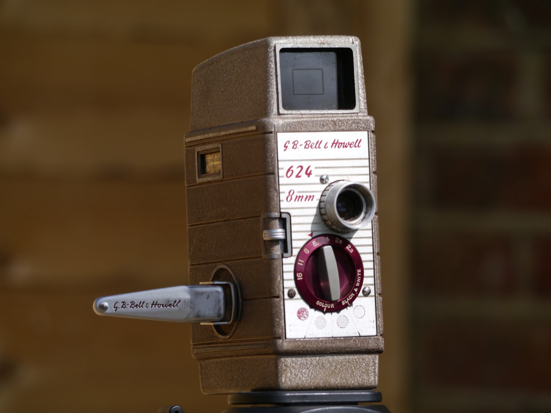 A Bell & Howell wind up cine camera.