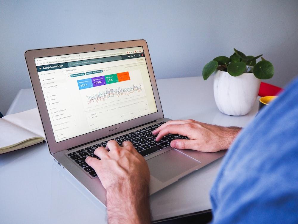 Search Engine Optimization - Pekerjaan yang Menghasilkan Uang Banyak Secara Online