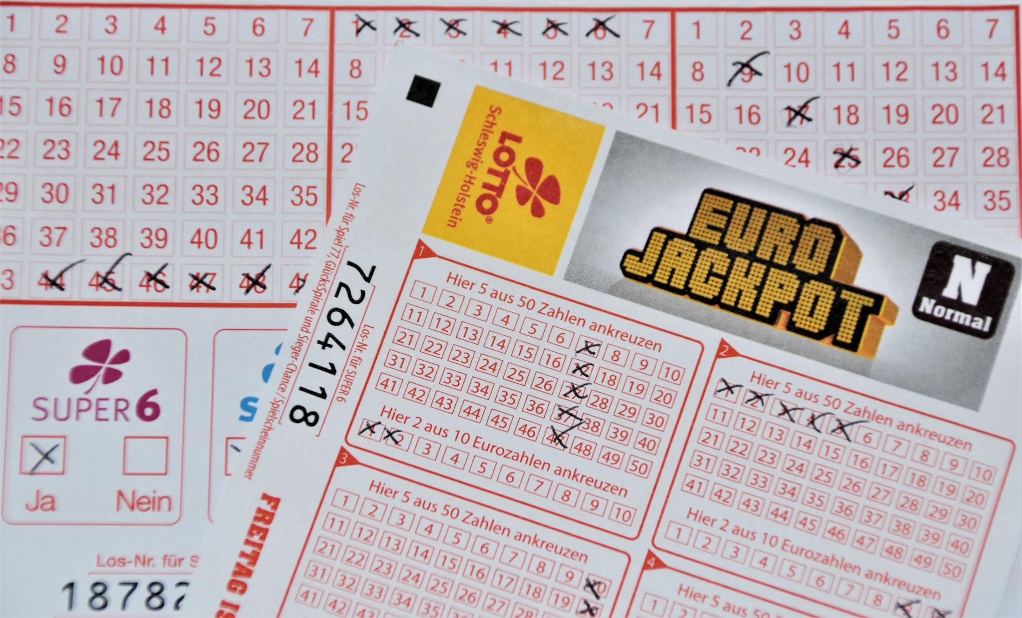 Estrazioni Lotto, Superenalotto e 10eLotto 04/09/21: i numeri vincenti