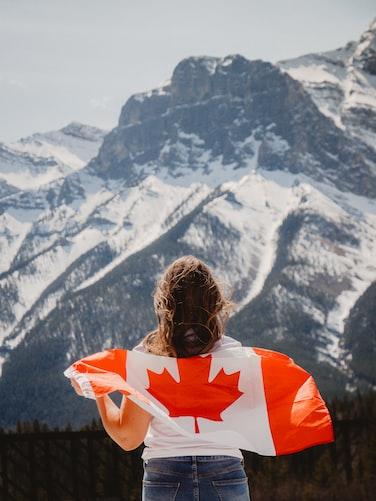 الزواج من مقيمة في كندا