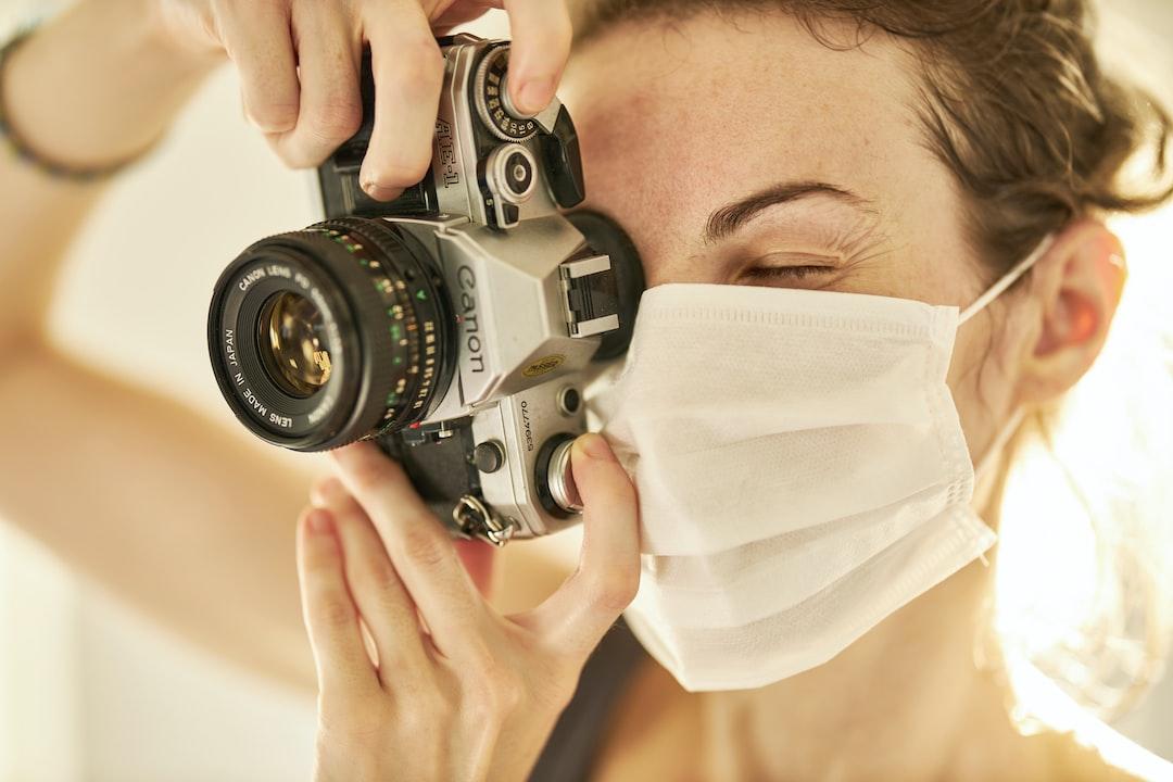 Photographer and coronavirus mask