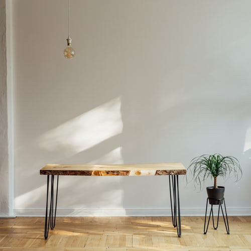 北欧のナチュラルな素材の机