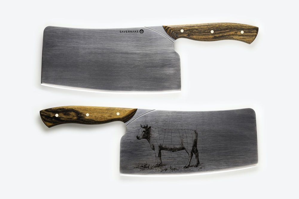 brown wooden handled gray knife
