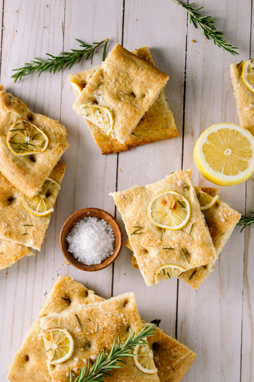 sliced lemon beside sliced bread