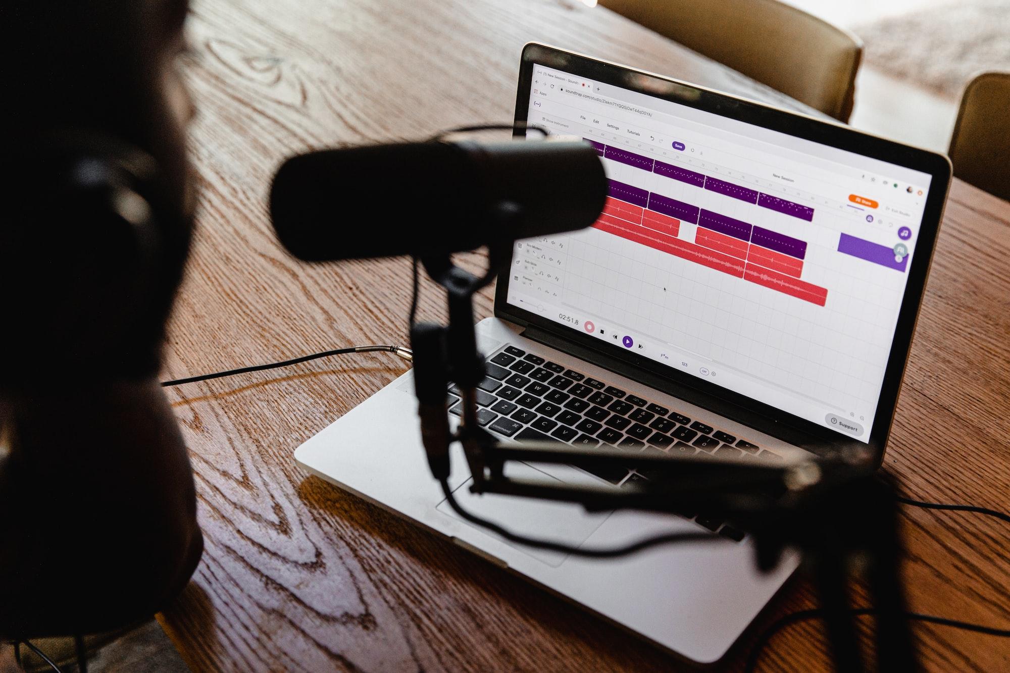 Faire décoller son podcast ... sans dépenser 1€ en pub !