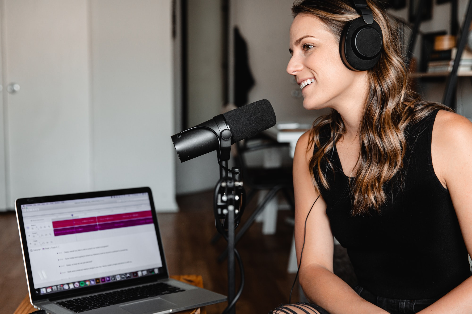 Top 5 Uses of Automatic Transcription Software in the Podcasting Industry