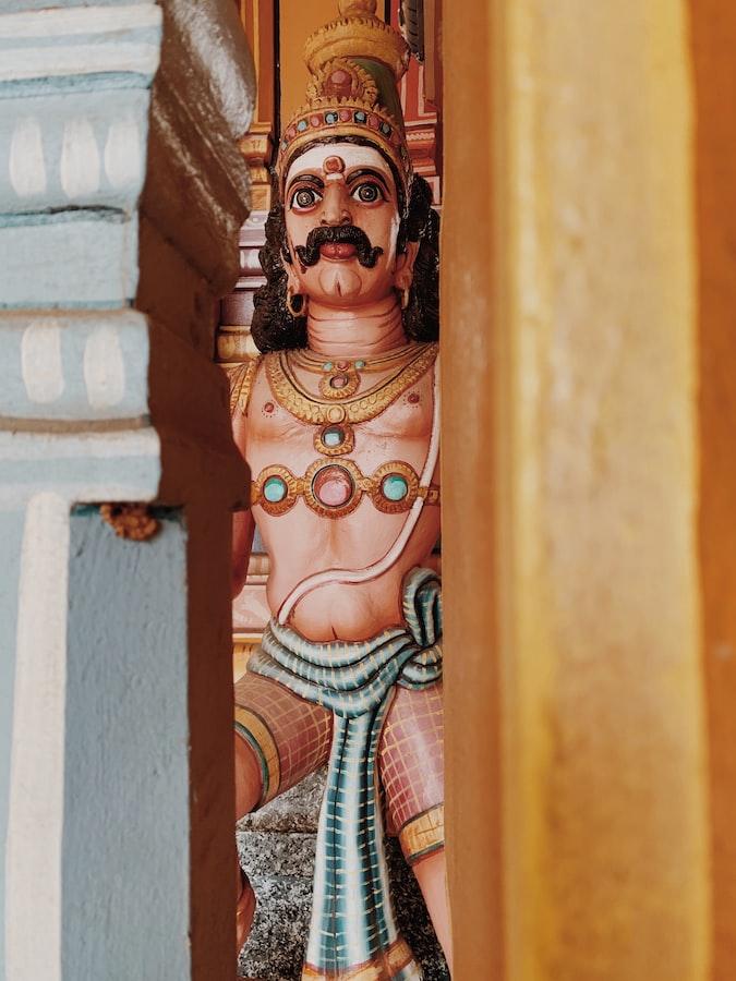 Mauritius temple statues