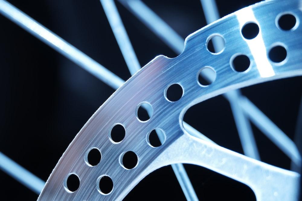 grey and black bicycle wheel