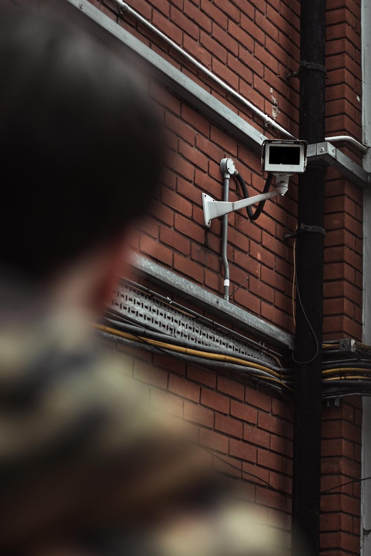 Polisens ansiktsigenkänning och kameraövervakning