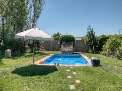pool during daytime