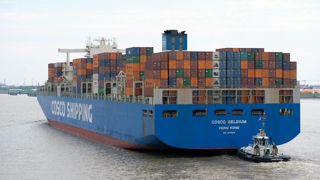 Containership docking at Hamburg port