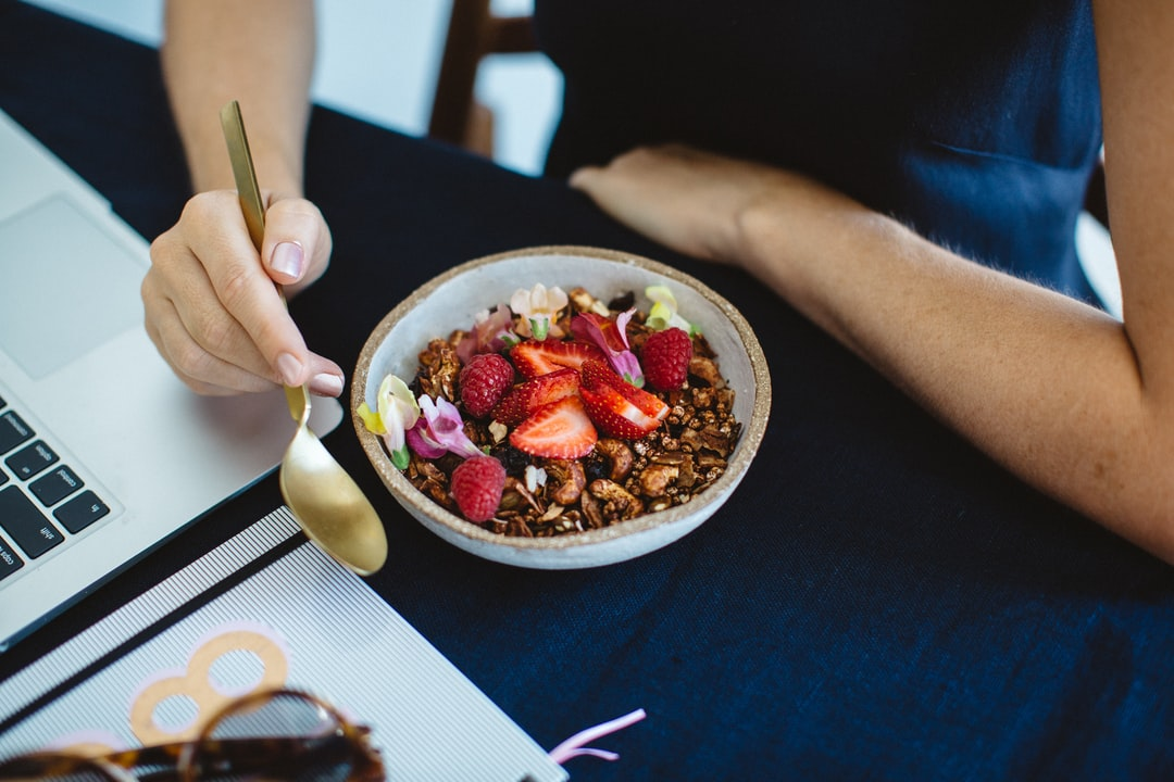 Breakfast, Working, Computer, Table, Healthy Breakfast, Working Breakfast, Work From Home - unsplash