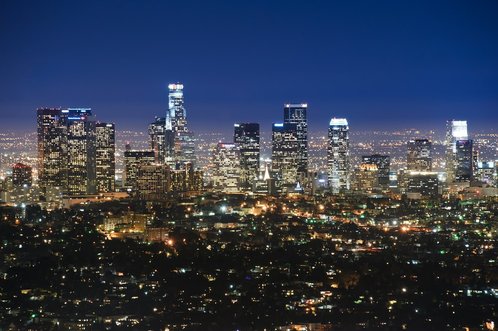 Best 100 City Skyline Pictures Download Free Images On Unsplash