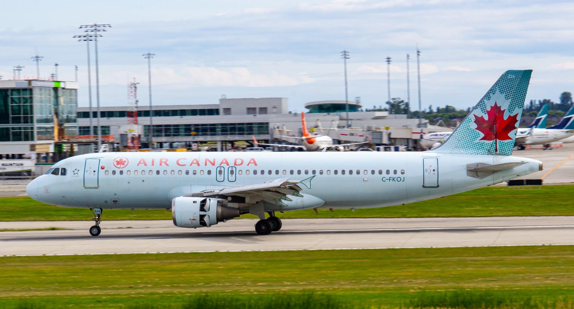 भारत में त्योहारी सीजन: कनाडा की इस एयरलाइंस ने आज से बढ़ाई उड़ानें