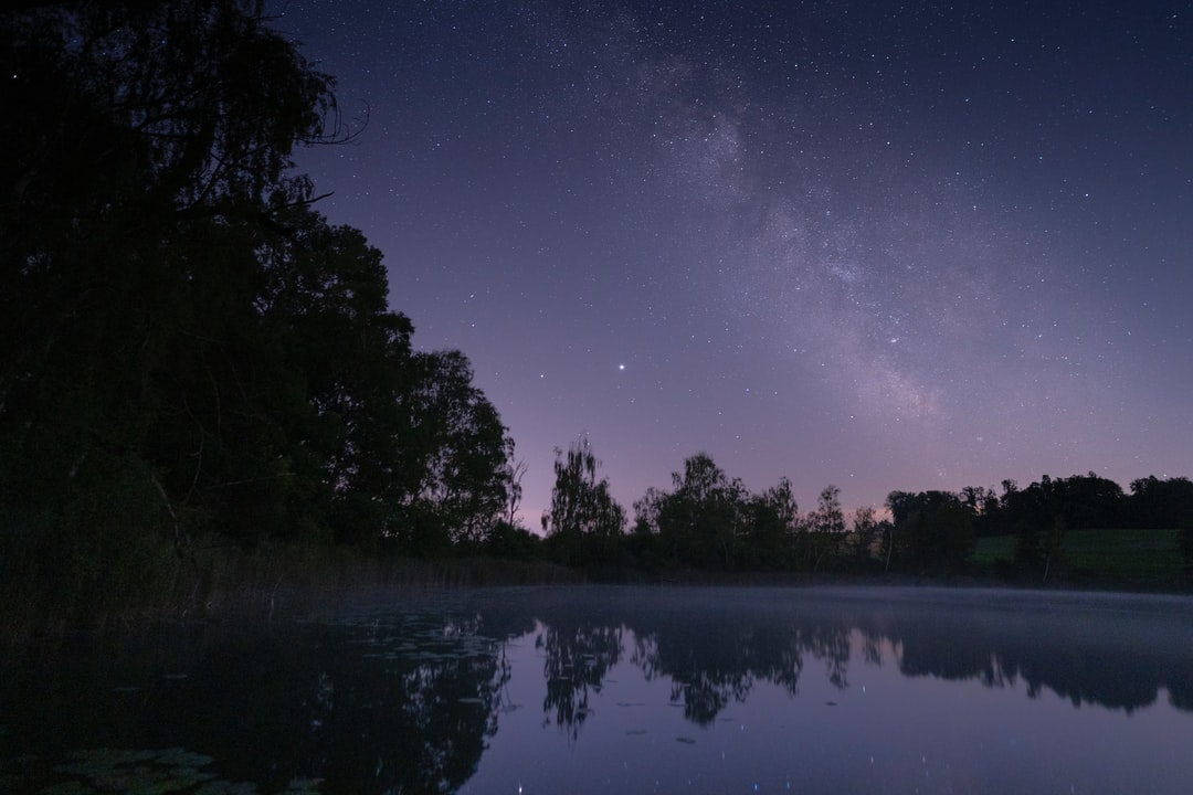 milkyway with reflection in water