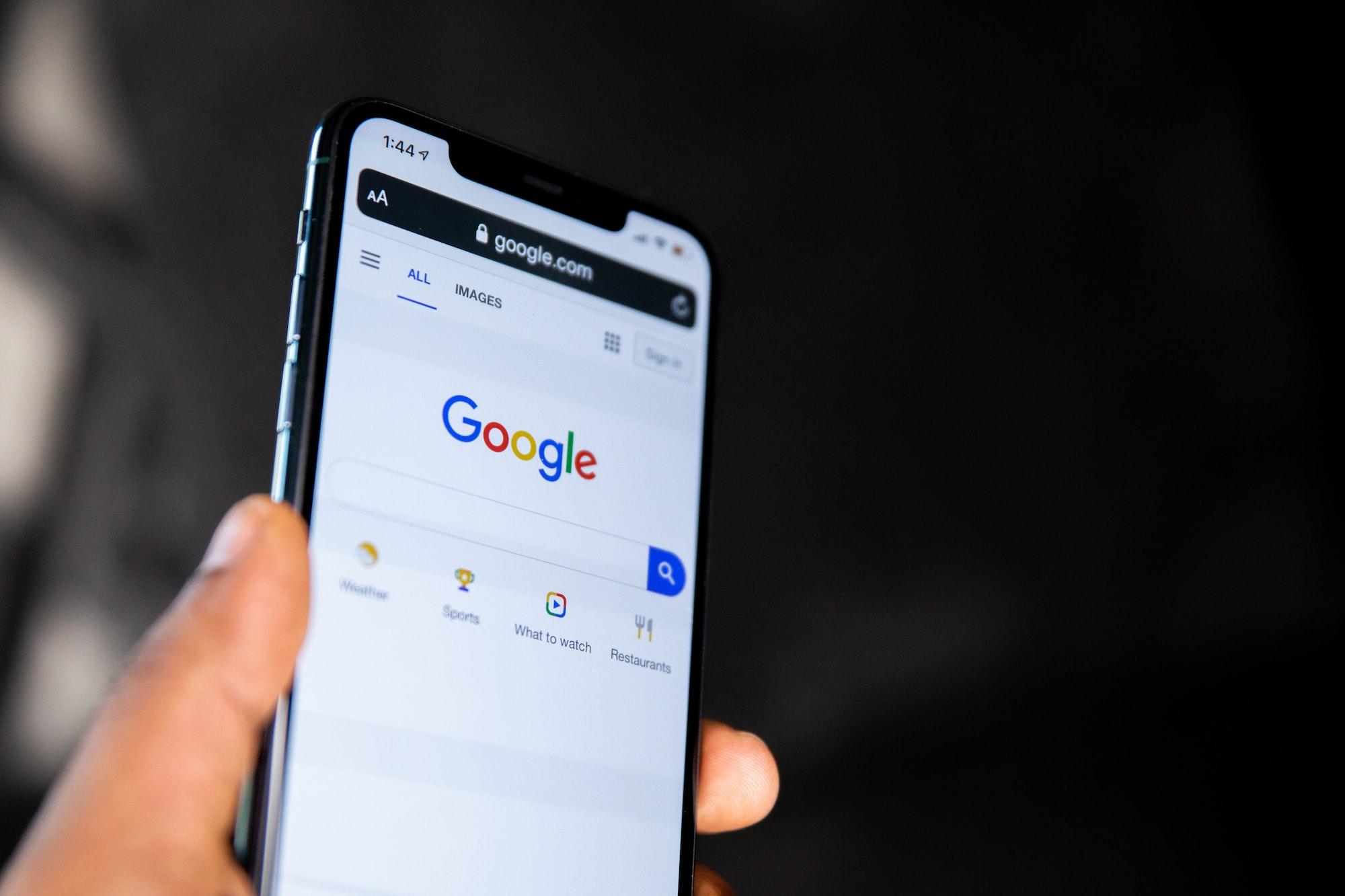На каких данных Google основывается для показа вам рекламы?