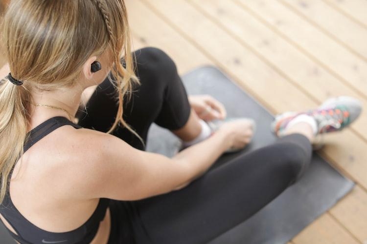 essential-yoga-equipment