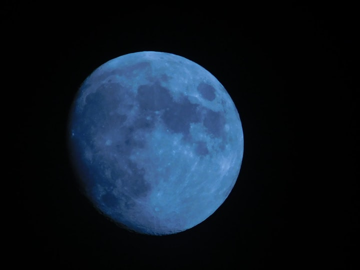 An Astrologer Explains The Spiritual Meaning Of The Blue Moon