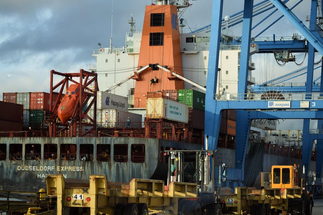 Container ship at Fraser-Surrey Docks, Surrey, British Columbia, Canada