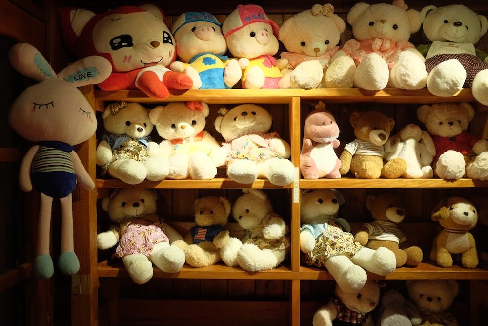 white and brown bear plush toys
