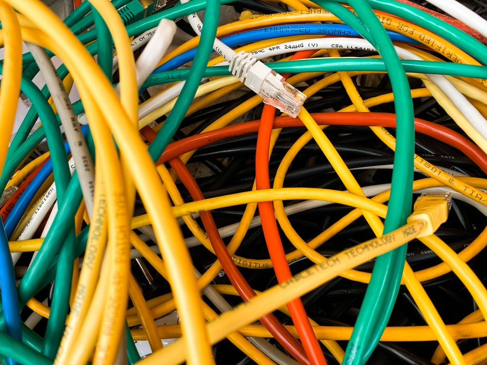 yellow and blue coated wires