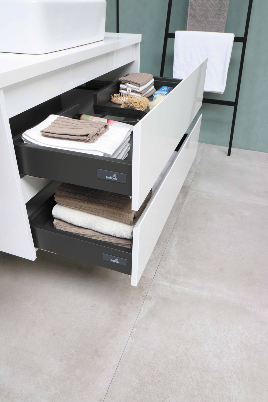 white wooden 3 layer drawer
