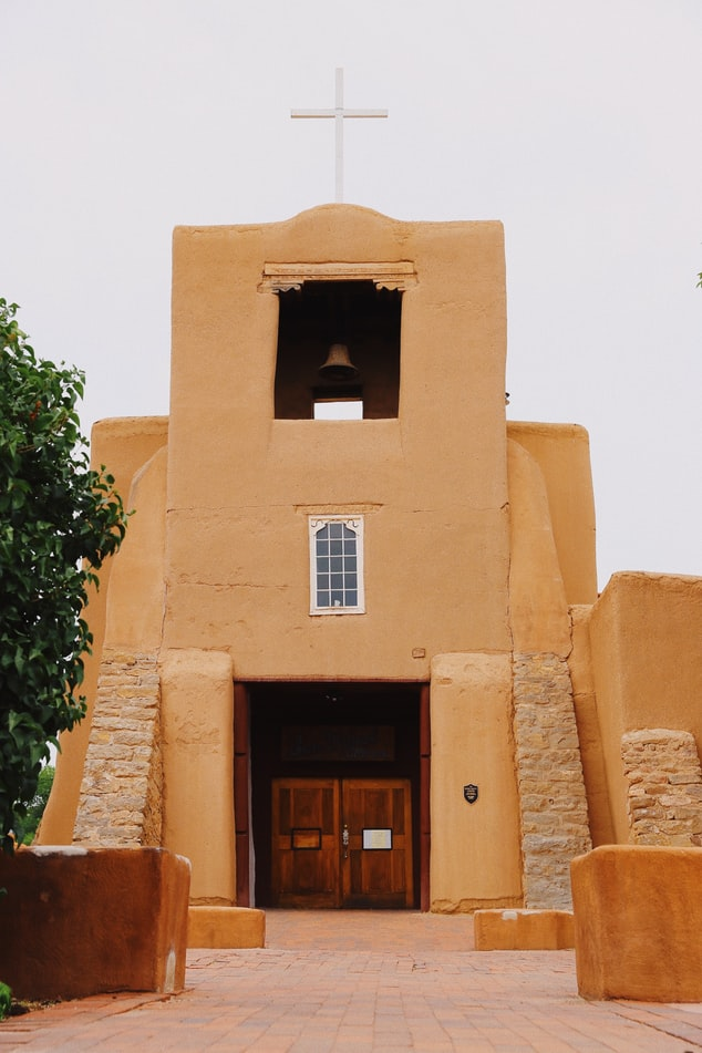 an old Spanish mission in Santa Fe, New Mexico