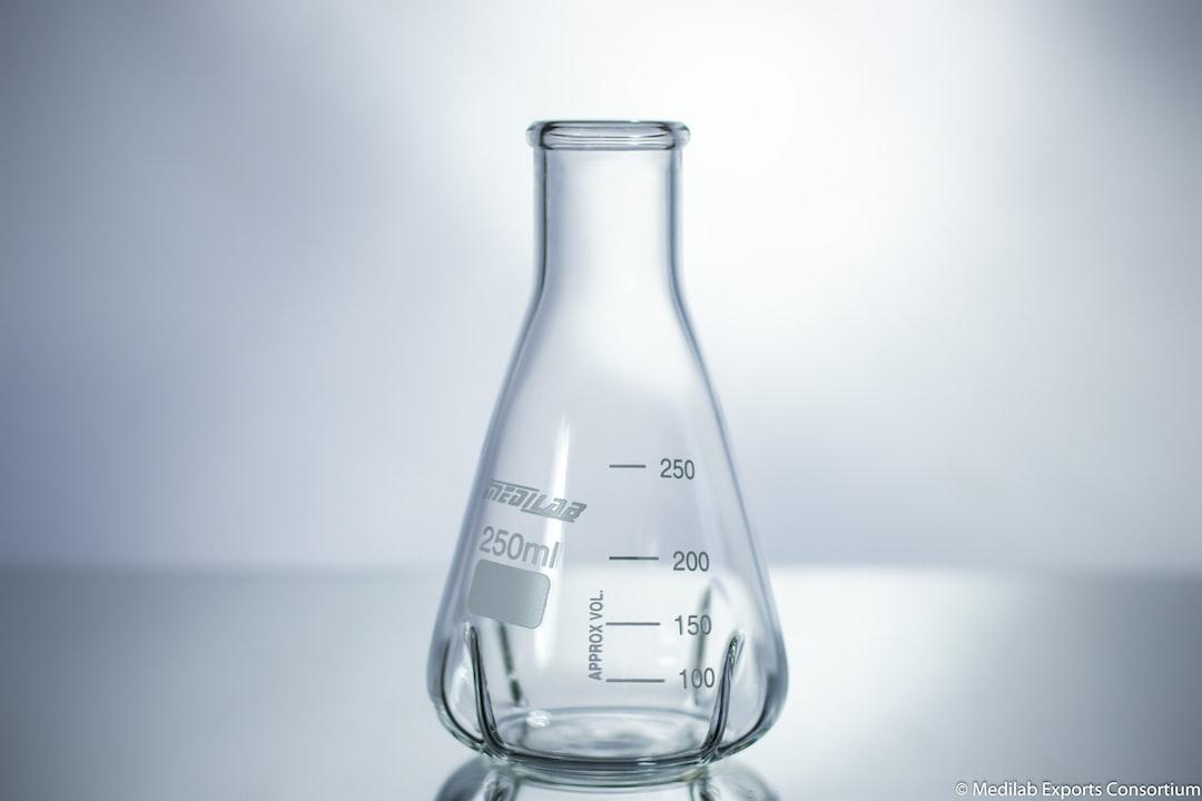 Medilab Erlenmeyer Flask, Baffled Product Photography