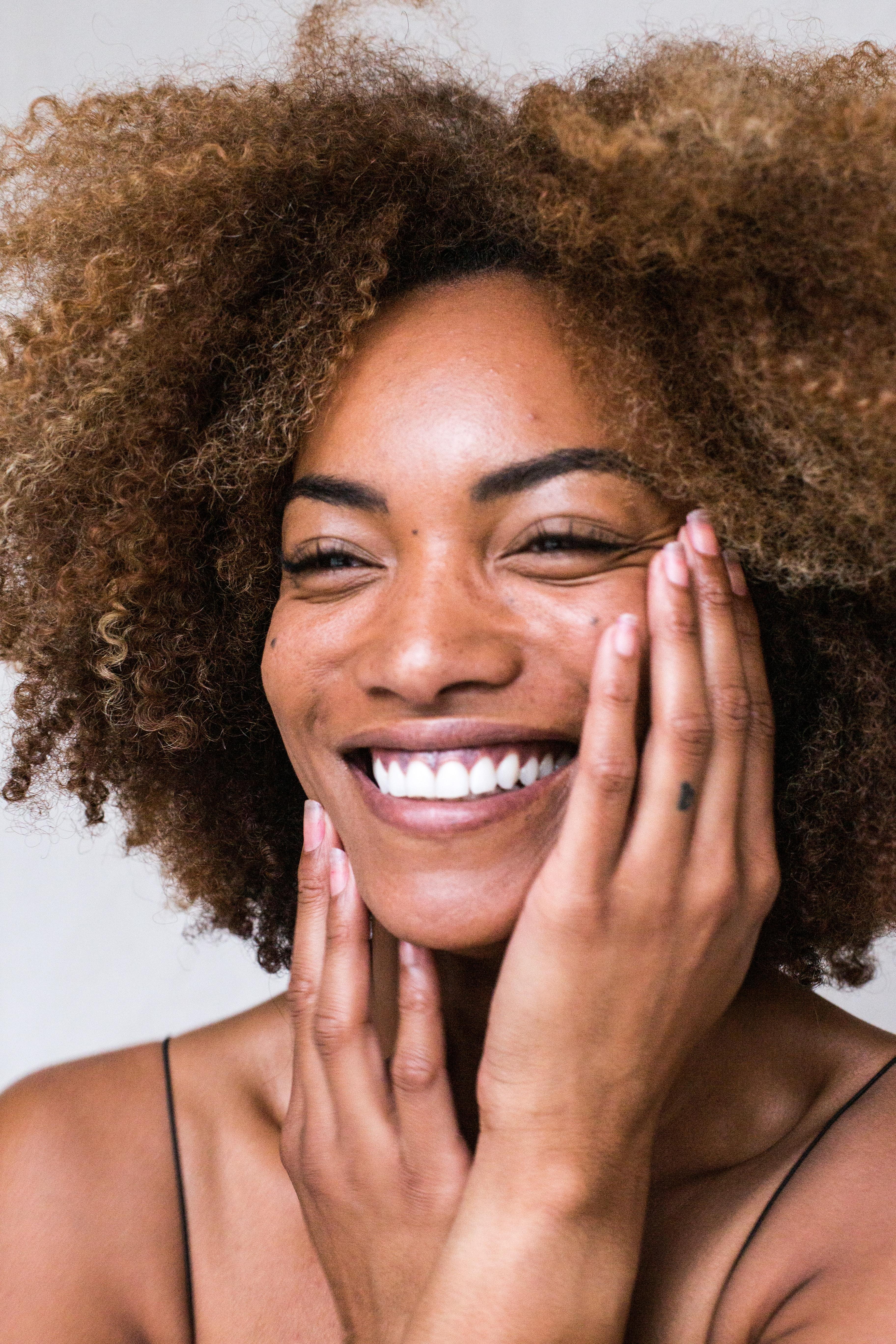Healthy Skin Care Products: पुरुषों की त्वचा के लिए सबसे बेस्ट हैं ये Skin Care Products