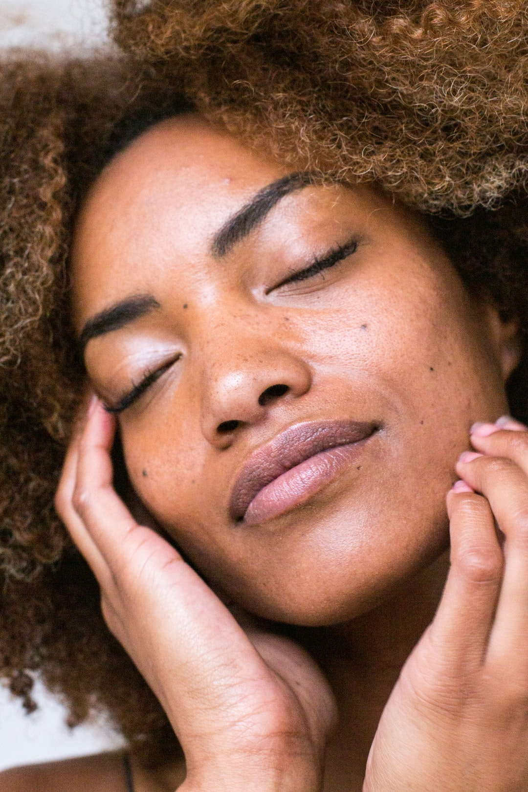 Benefits of Oily Skin