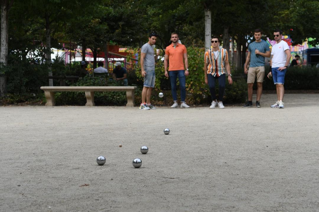 petanque at Jardin de Toullerie