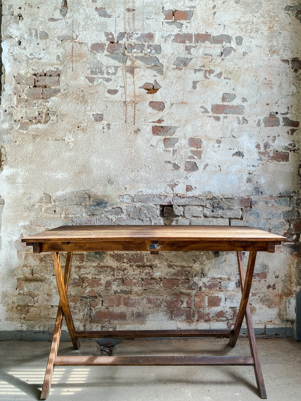 Table wall