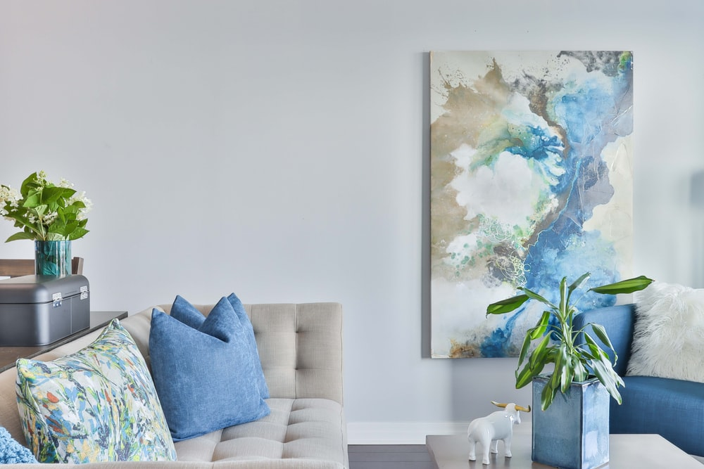 blue and white flower painting