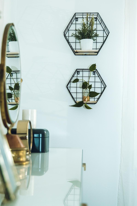 black metal framed glass pendant lamp