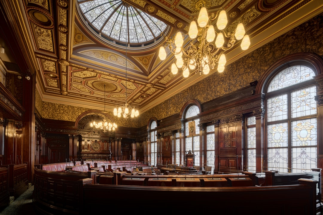 Here Is A Photograph Taken From the Council Chamber Inside Glasgow City Chambers.  Located In Glasgow, Scotland.  Website : Www.michaeldbeckwith.com   Email : Michael@michaeldbeckwith.com - unsplash