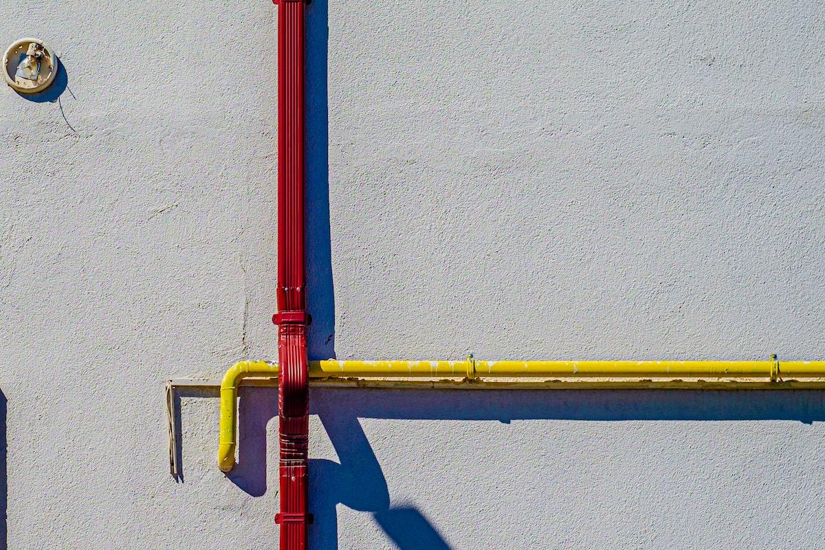 Plumber in Lynwood, by California