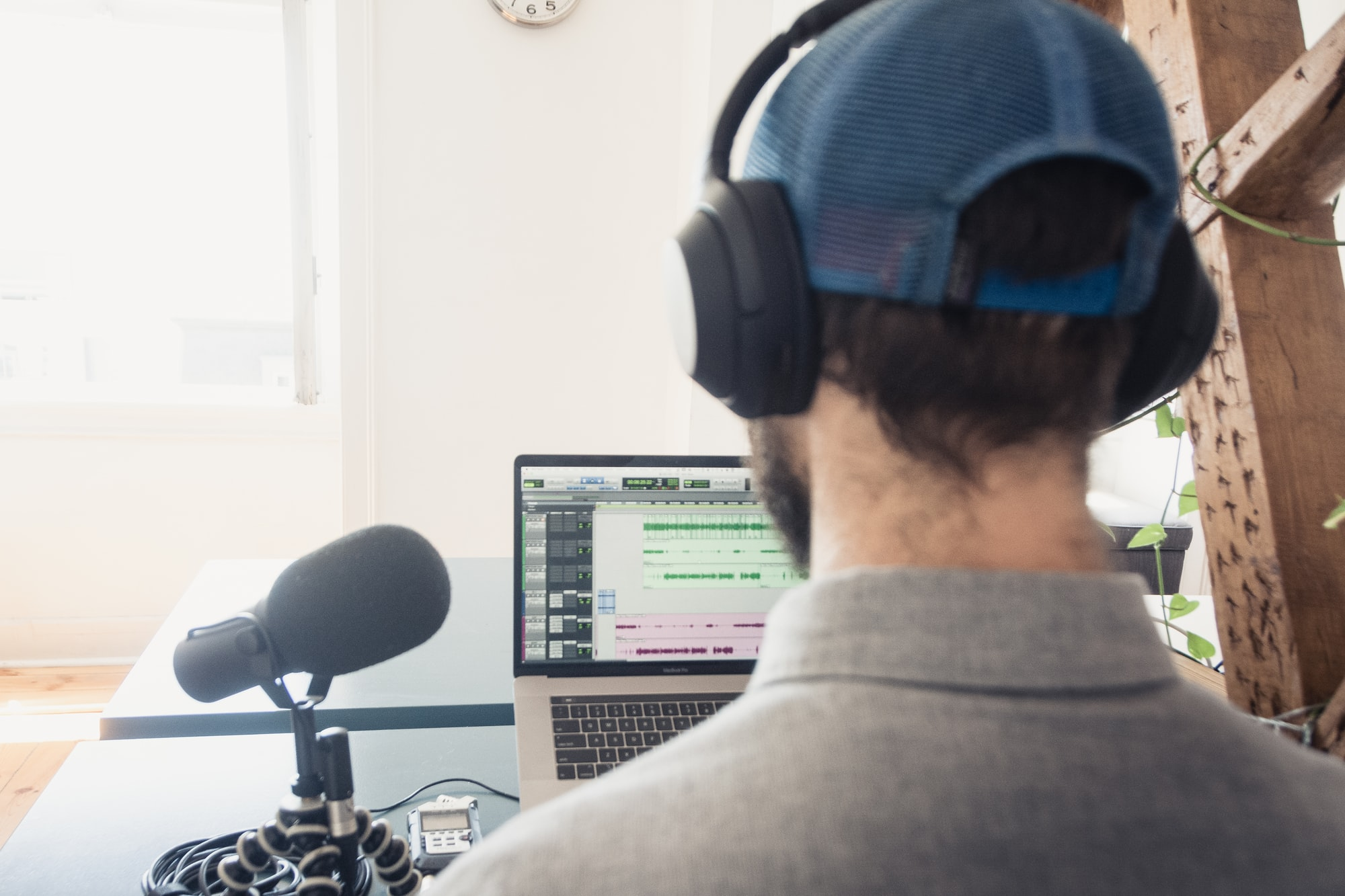How Learning Storytelling Can Improve A Podcast