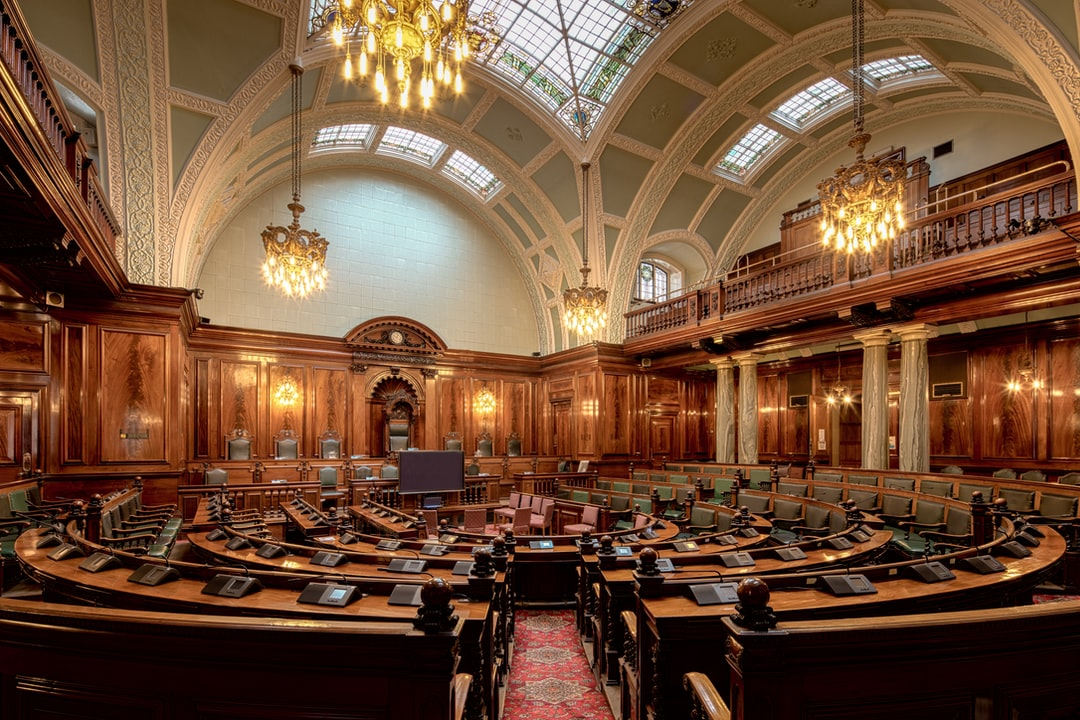 Here Is A Photograph Taken From the Chambers Inside Bradford City Hall.  Located In Bradford, Yorkshire, England.  Website : Www.michaeldbeckwith.com   Email : Michael@michaeldbeckwith.com - unsplash