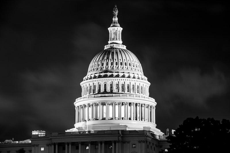 2021美國國會 川普 言論自由 自主健康管理者違規 本土病例